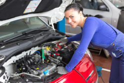 Aider les femmes à percer dans l'industrie de l'automobile