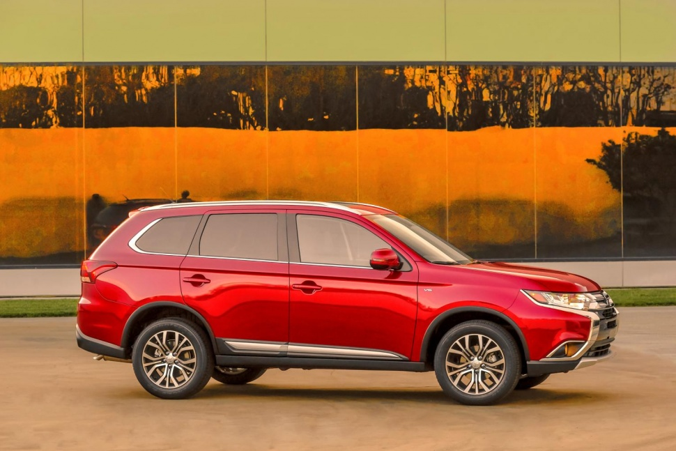 Mitsubishi Outlander 2016 - Les experts
