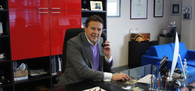 Mieux comprendre pourquoi Carmine D'Argenio a accepté de céder une partie de BMW MINI Laval