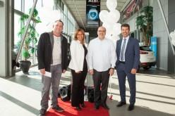 ALBI vend la deux millionième Mazda au Canada