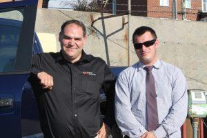 Martin Lemire, directeur des véhicules commerciaux, de Nissan Boucherville, et Alex Emond, conseiller aux Ventes, étaient sur place dans l'espoir de rencontrer des acheteurs potentiels.
