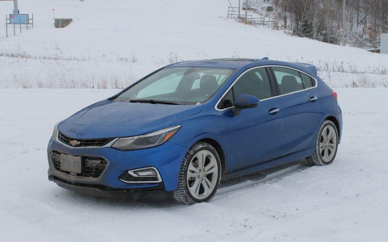 Chevrolet Cruze à hayon: GM revient «cruiser» les jeunes