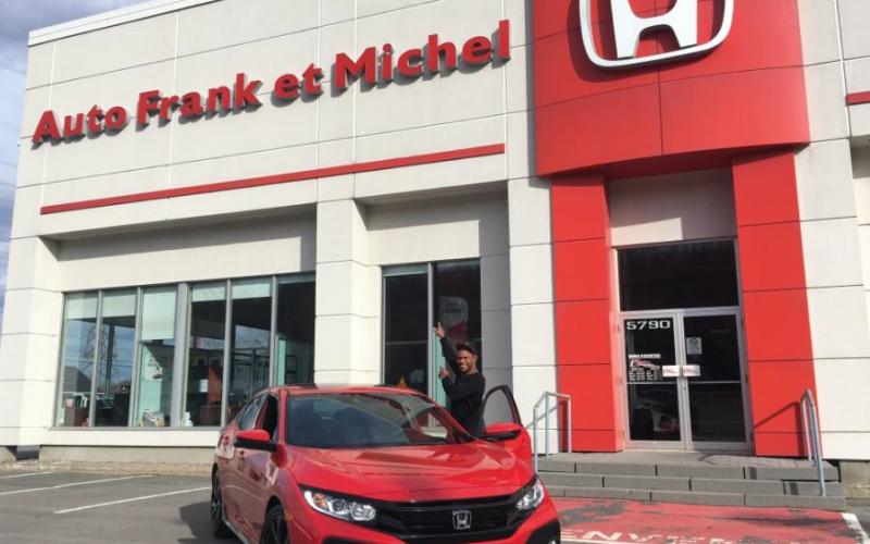 Auto Frank et Michel donne une Honda Civic à l'athlète Alex Garcia