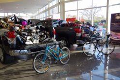 Collecte d'équipement sportif chez Charlesbourg Toyota