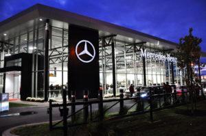 Mercedes-Benz Rive-Sud