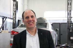 François Roy Directeur des opérations fixes, Boulevard Lexus Employé depuis presque 6 ans pour le Groupe, dont 1 1/2 an au poste actuel