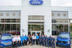 St-Onge Ford au Club Diamant et Fréchette Ford reçoit trois trophées Henry Ford
