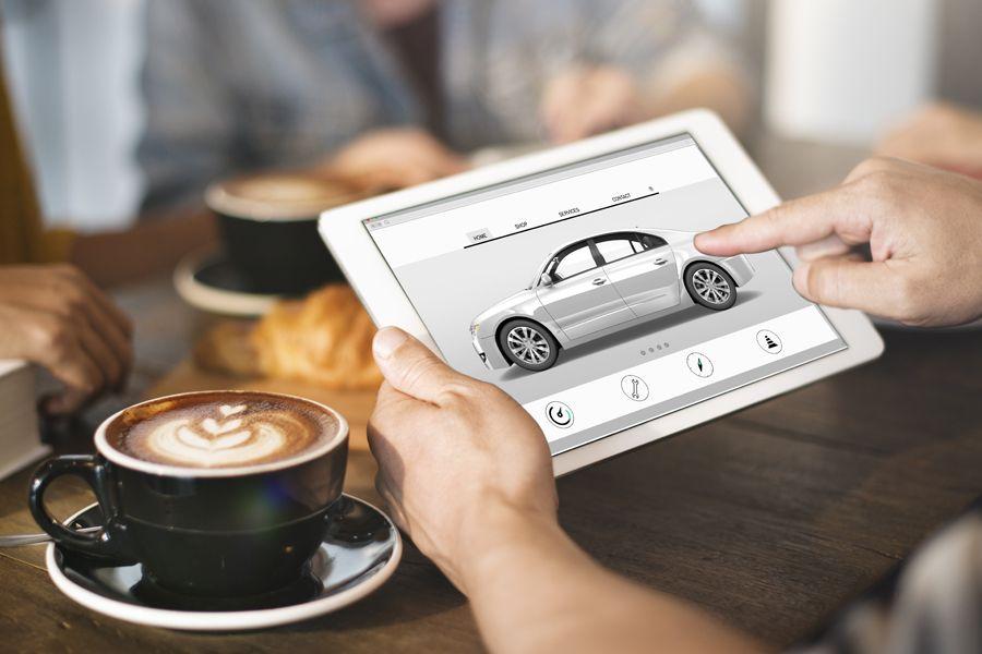 Consommateurs automobiles sur le Web