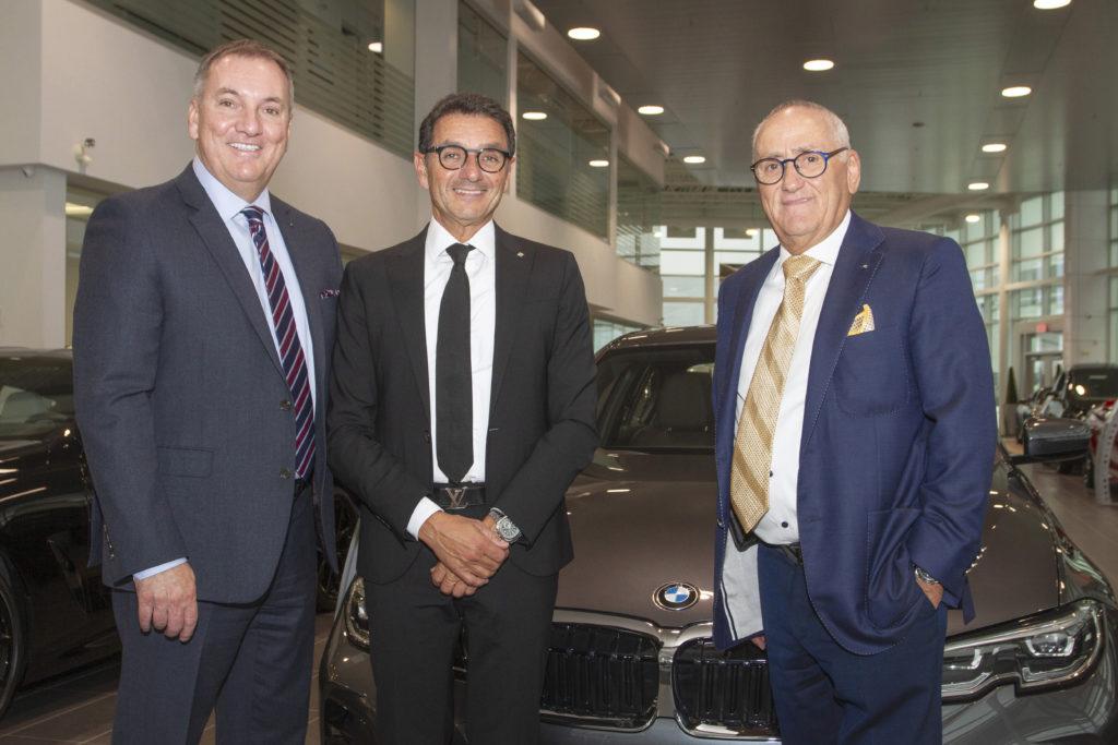 Sur la photo (de gauche à droite): Jean-François Tremblay, vice-président aux opérations, Gad Bitton et Bertrand Roberge, président honoraire. Michael Serruya est absent de la photo.