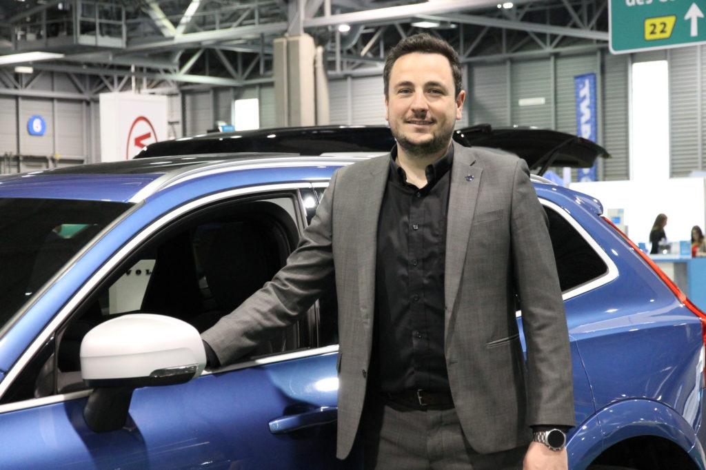 Thibault Esgonniere, directeur adjoint des ventes de Volvo de Québec