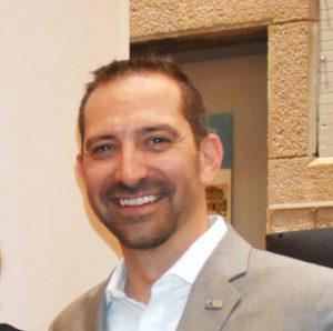 Sébastien Alajarin, directeur régional provincial chez iA Services aux concessionnaires.