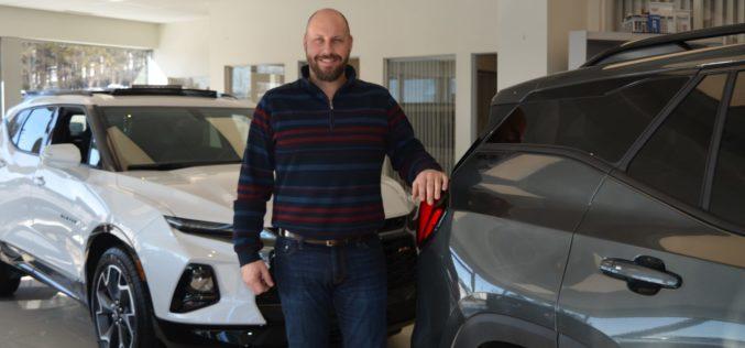 Patrick Gourde, meilleur vendeur GM au pays