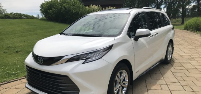 Toyota Sienna 2021:  Chasser l'image, hausser les avantages !