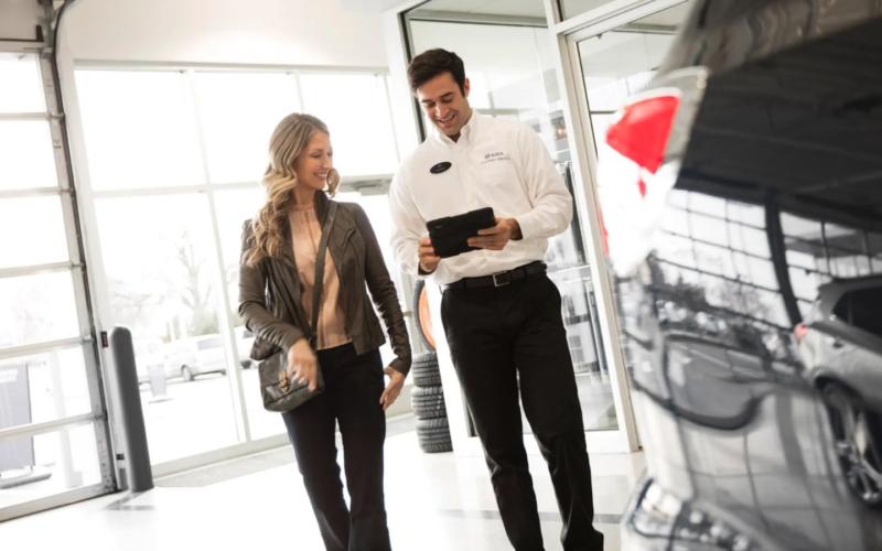 Satisfaction à la clientèle: Les concessionnaires automobiles améliorent leur score