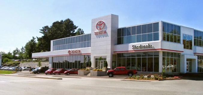 Sherbrooke Toyota frôle la vente de 100 véhicules en une semaine