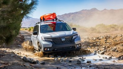 05-2019-Honda-Passport-with-Accessory-Roof-Rack-Running-Boards-and-Fender-Flares