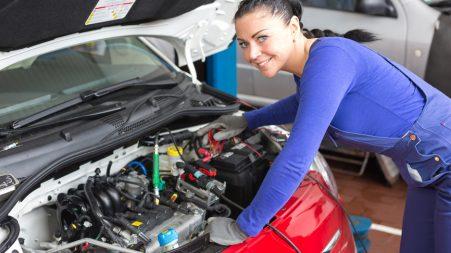 Les femmes dans l'industrie de l'automobile